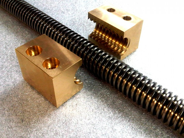 POWER SCREWS & NUTS